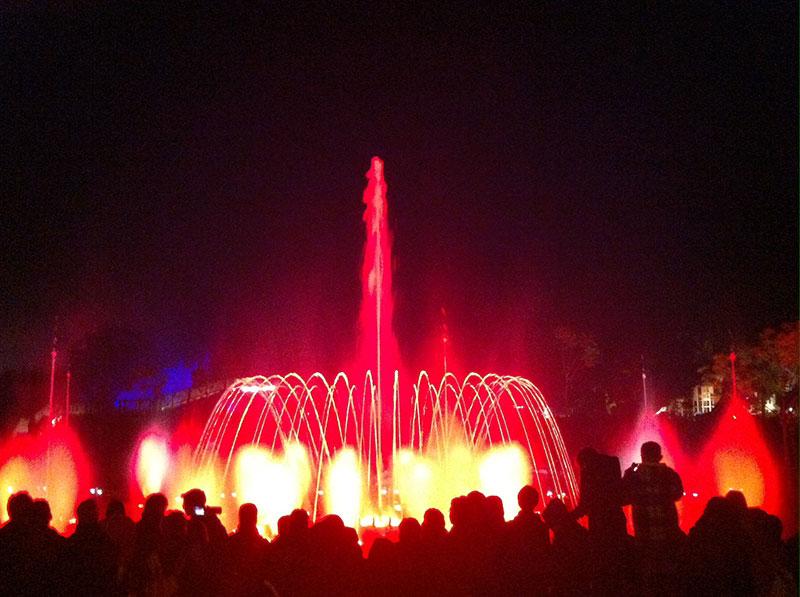 Halloween Toverland 2019.Halloween Version Of Katara Fountains Show At Toverland